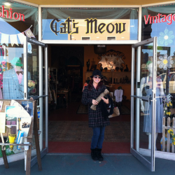 DebraLee Darling at Cats Meow